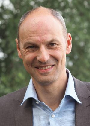 Stuart Milne